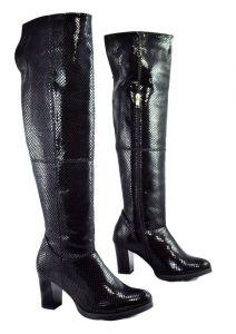 Zvětšit fotografii - Luxusní dámské zimní kozačky S.1305 s hadím vzorem, černá