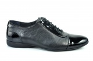 Kožené pánské boty 213 s lakovanou špičkou a zápatí na šněrování