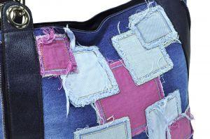 kožená a atestovaná obuv Riflová kabelka 8027 s dekorativní páskovou aplikací do ruky i ramena, bílo-barevná Starbluemoon