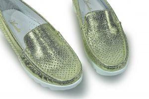 kožená a atestovaná obuv Lesklé zlaté dírkavání mokasíny 194 Marcella