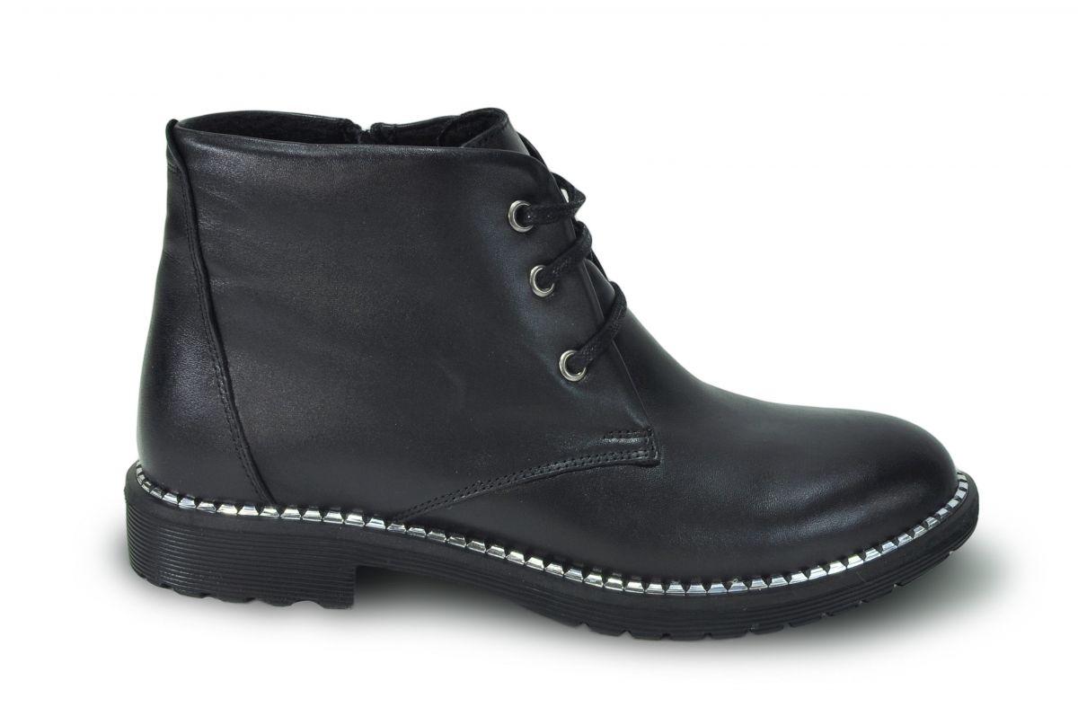 kožená a atestovaná obuv Kožená obuv Marcella 801 se šněrováním na nízkém podpatku, černá