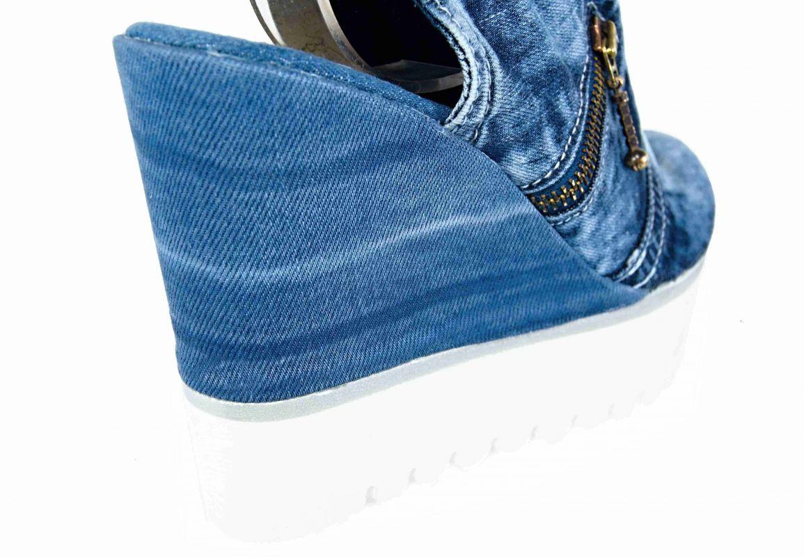 a03e509d23be kožená a atestovaná obuv Riflové sandálky