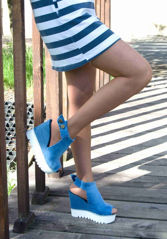 kožená a atestovaná obuv Riflové páskové sandálky 933 s otevřenou špičkou na klínu Starbluemoon