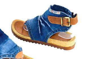 kožená a atestovaná obuv Riflové páskové sandálky Ersax 2014 -57 na zápatí s korkovou platformou