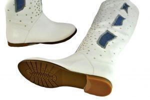 kožená a atestovaná obuv Kožené bílé kozačky 2614 s kamínkami ITALY