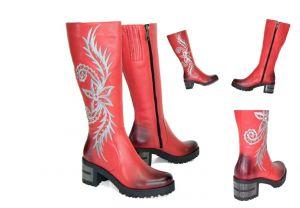 kožená a atestovaná obuv Červené kožené kozačky na sloupkovém podpatku Arsima