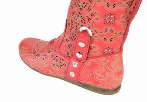 """kožená a atestovaná obuv Červené kozačky 504 s perforací ,,dírkování"""" s floralním potiskem Bagira"""