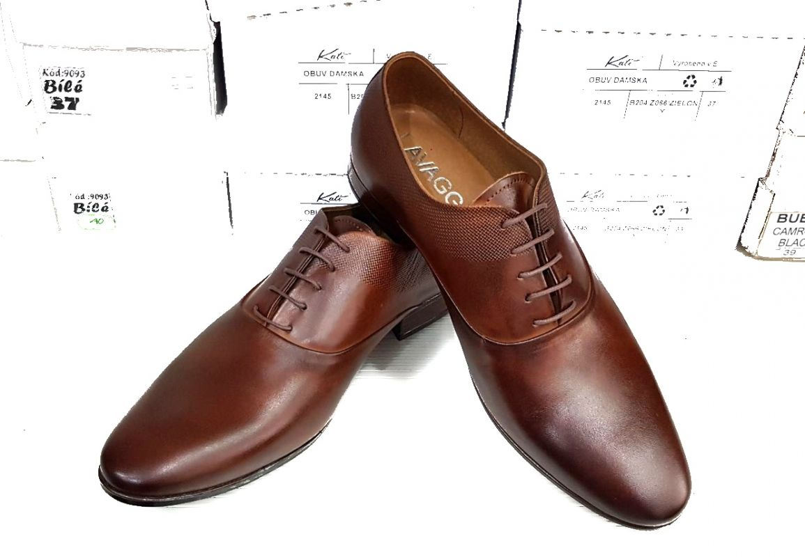 31c08efaa8 kožená a atestovaná obuv Kožená pánská obuv Lavaggio 1606