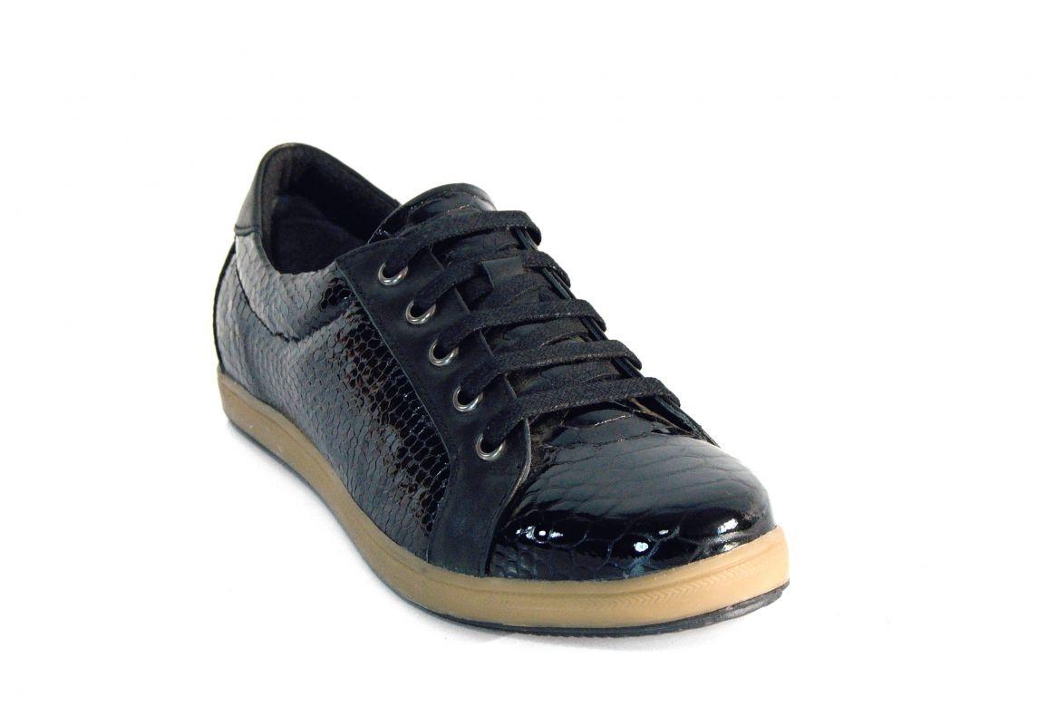 kožená a atestovaná obuv Lakované černé polobotky 224.644na šněrování Ersax