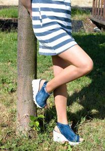 """Originální kotníčkové """"Jeans"""" sandály 15.12.275 s bílou klínovou platformou"""