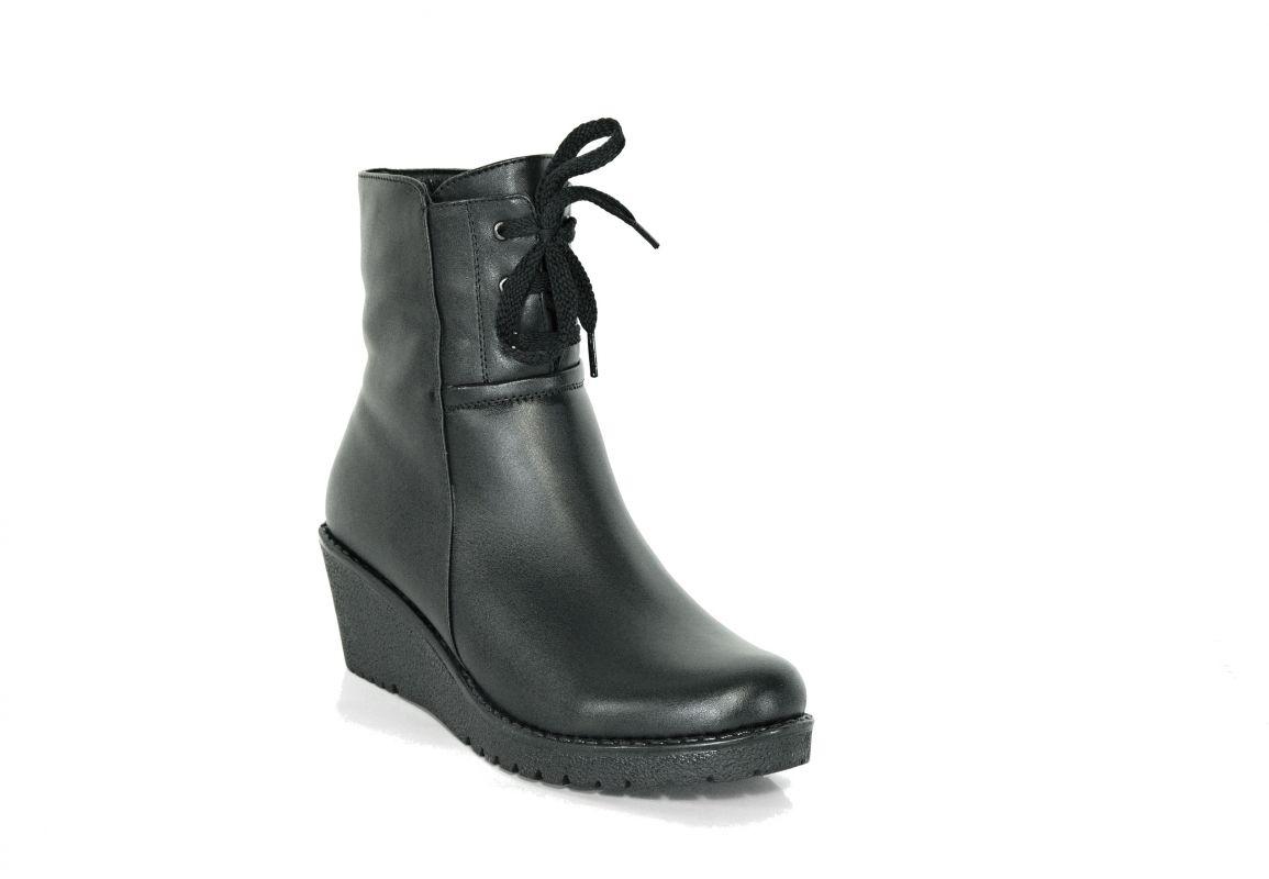 """kožená a atestovaná obuv Zimní černé kotníkové boty """"k-510"""" na platformě s malým klínkem Marcella"""