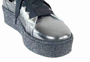 kožená a atestovaná obuv Dámské tenisky v módním stylu na platformě 19YA-149, platinové barvy Alpino