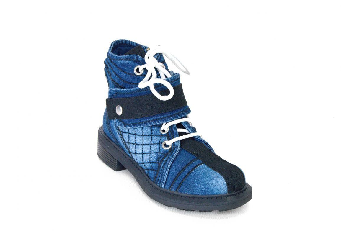 """kožená a atestovaná obuv Designové džínové kotníkové boty """"StarBlueMoon"""" 3056 s dekorativním šněrováním"""