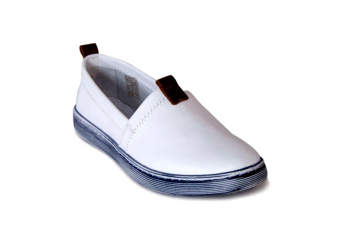 kožená a atestovaná obuv Kožené dámské mokasíny 2001, bílé Donna Style