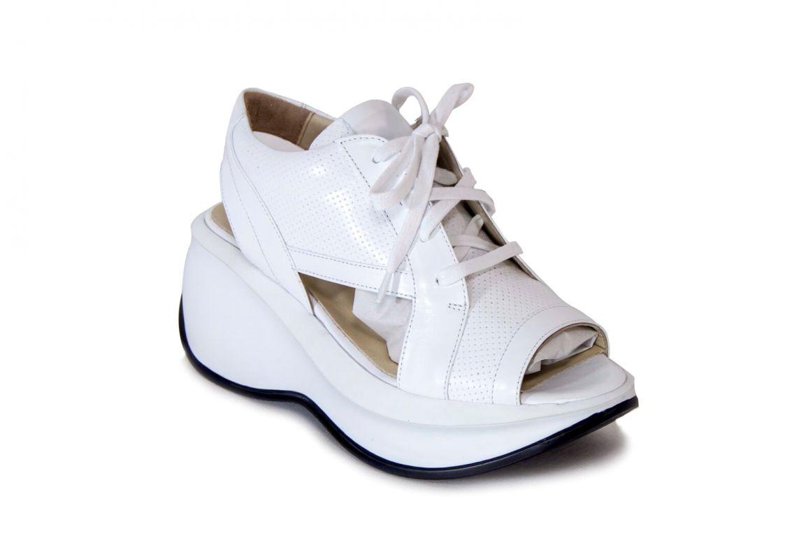 19166fdd05f4 Luxusní dámské boty na jaro a léto.