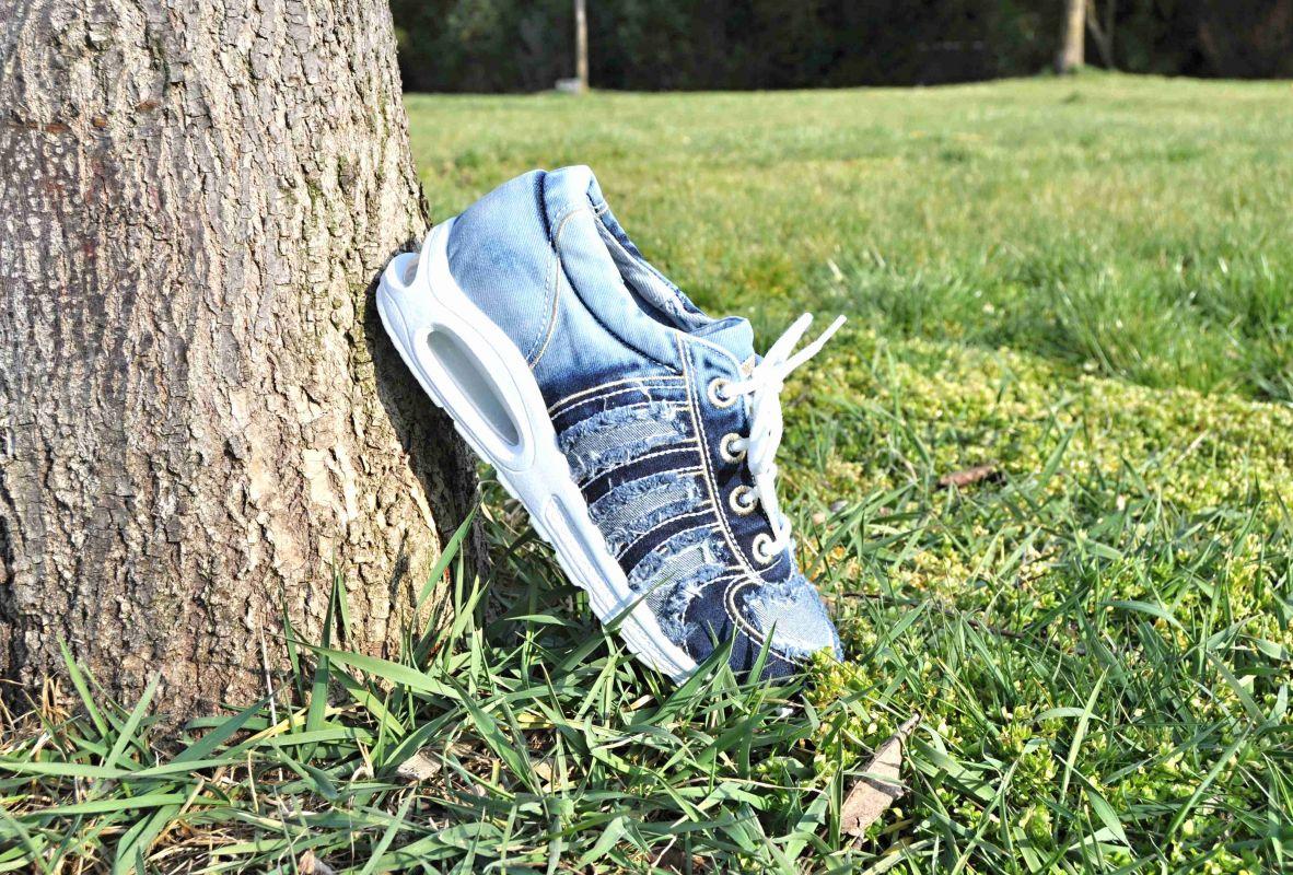 """kožená a atestovaná obuv Originální Jeans tenisky """"STAR BLUEMOON"""" s bílou nápaditou podrážkou 822 Starbluemoon"""