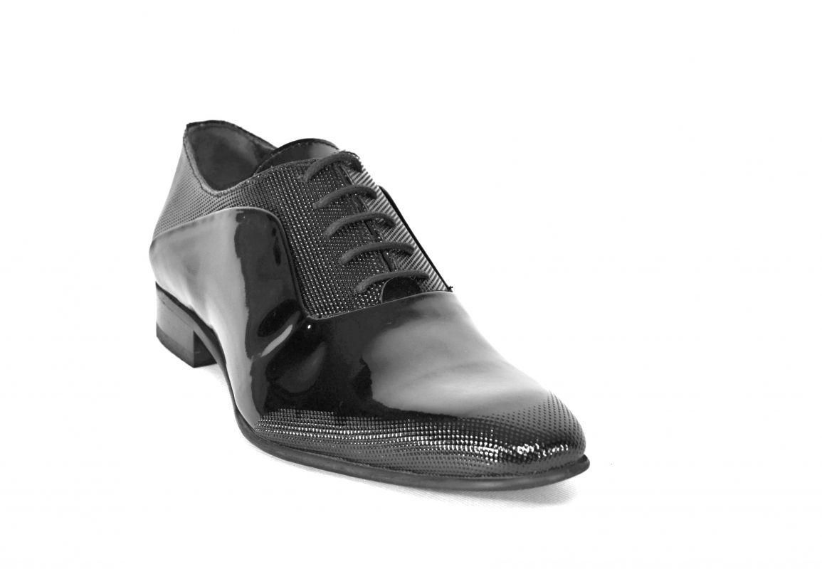 """kožená a atestovaná obuv Pánské lakovavé lakýrky s perforací ,, tečkování """" 5540 Tetri"""
