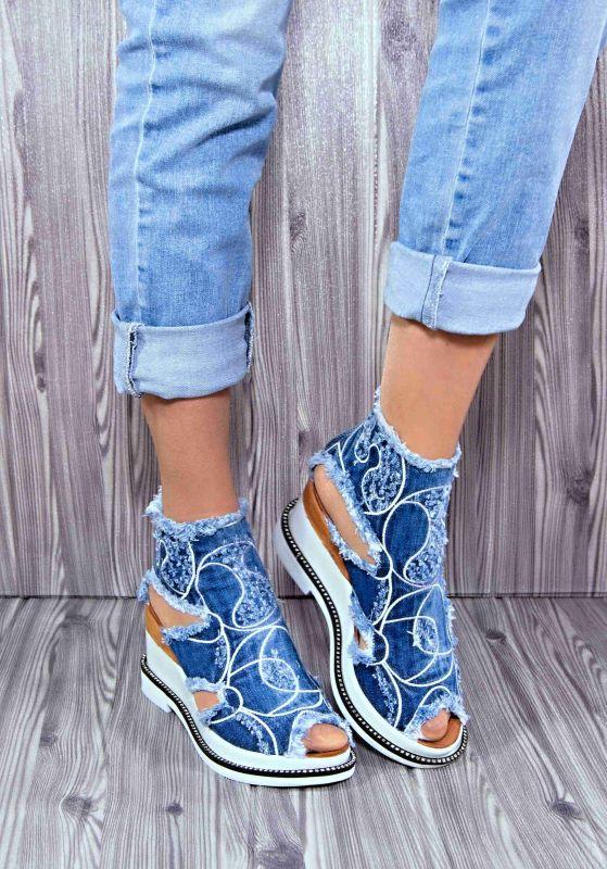 "kožená a atestovaná obuv Riflové módní sandálky ""1119"" na klínu Starbluemoon"