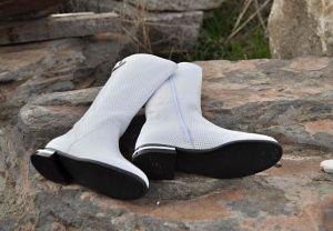 """kožená a atestovaná obuv Bílé kozačky 5191 s perforací ,,dírkování"""" s floralním potiskem Bagira"""