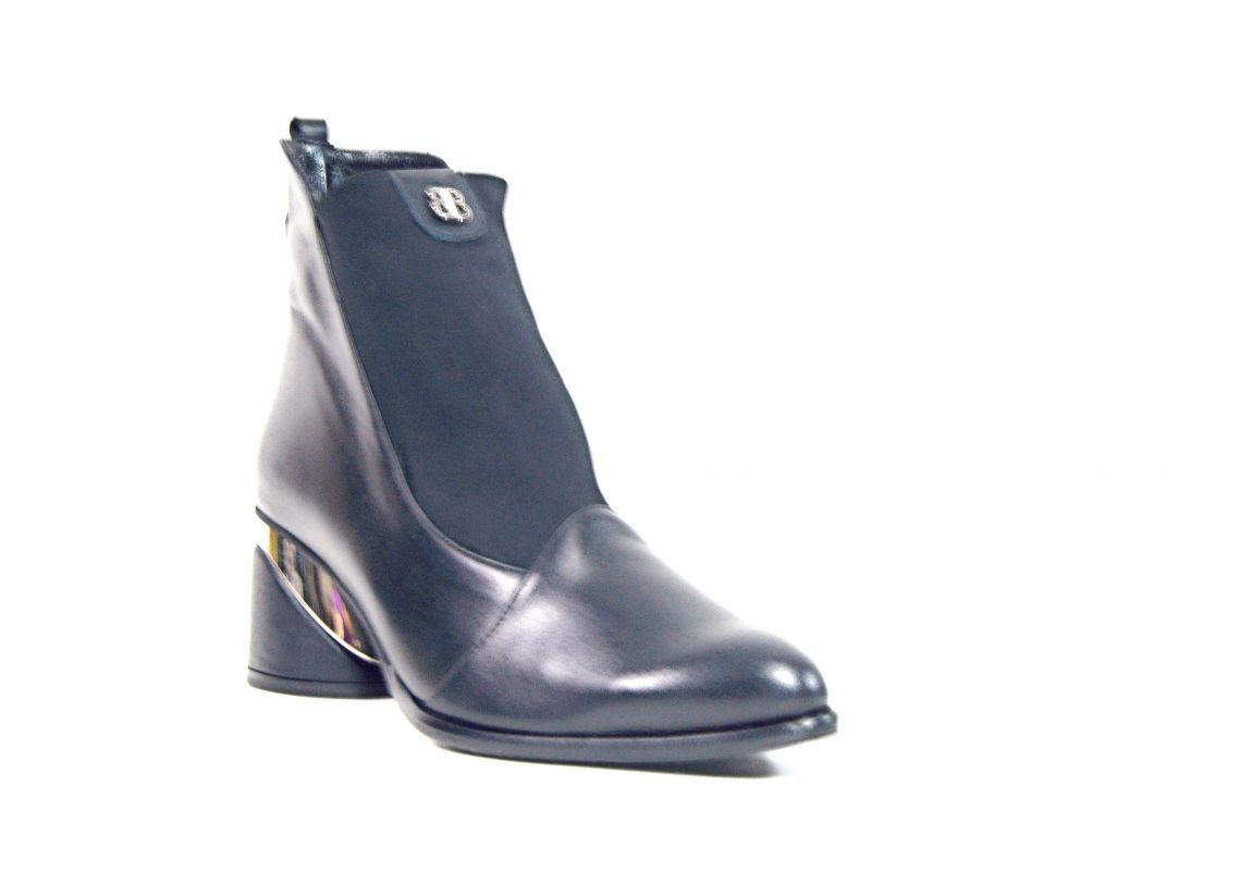"""kožená a atestovaná obuv Luxusní kotníčkové kožené boty """"5227"""" černé By-Can"""