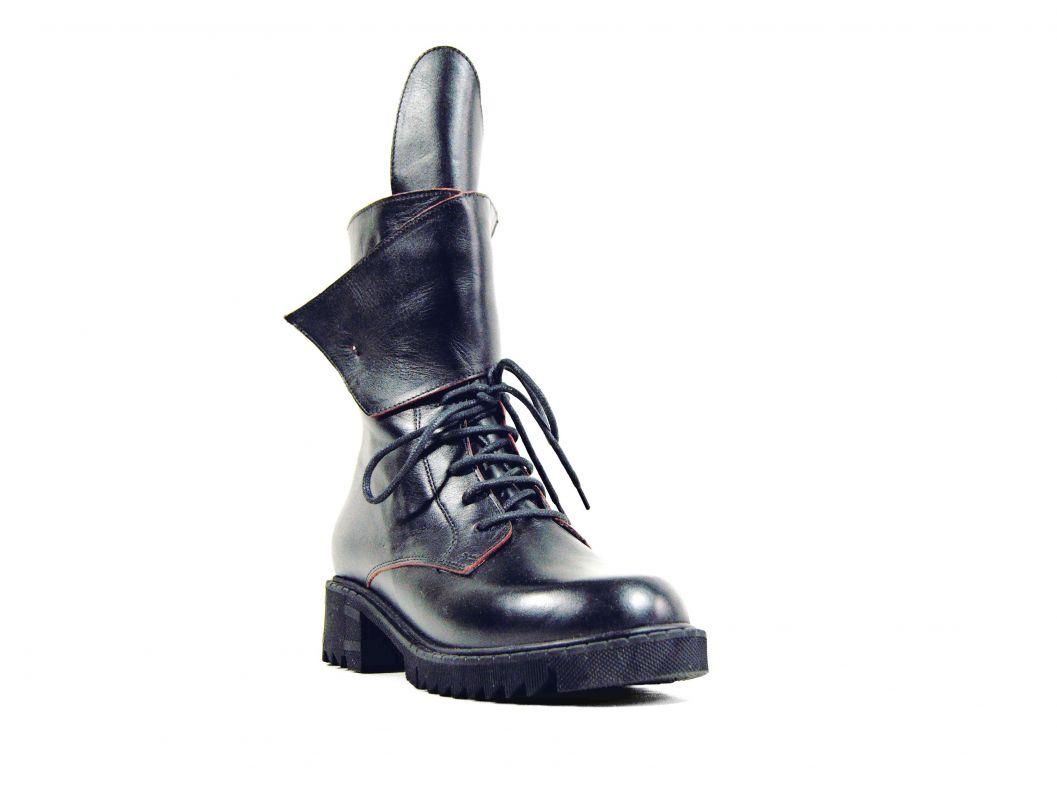 """kožená a atestovaná obuv Kožené dámské boty tzv. farmářky – zateplené """"2088"""", černé Crux"""