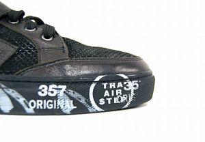 kožená a atestovaná obuv Lesklé kožené tenisky 766 ,Black Marcella