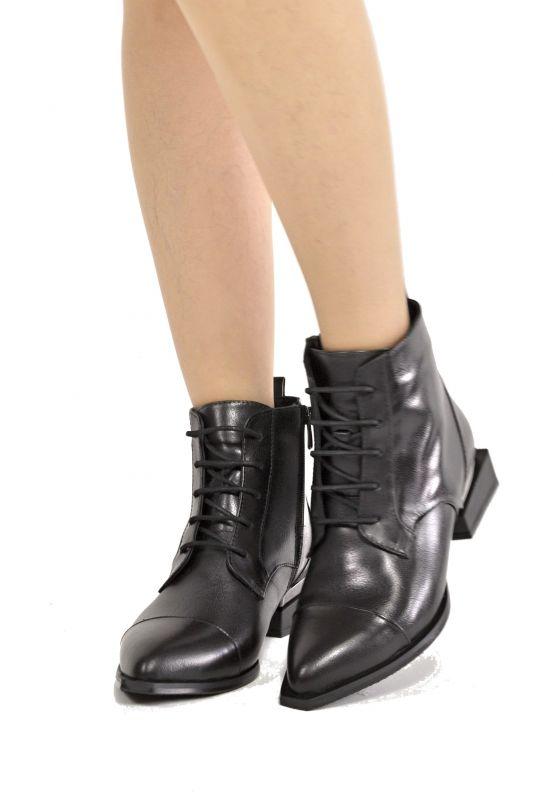 """kožená a atestovaná obuv Luxusní kotníčkové kožené boty """"33"""" zateplené, černé By Can Shoes"""