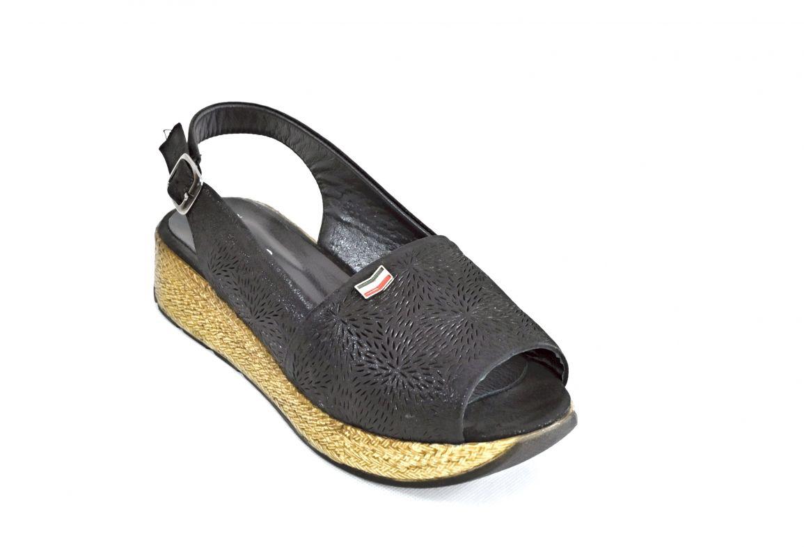 """kožená a atestovaná obuv Originální kožené sandály """""""" 651"""" na platformě, černé"""