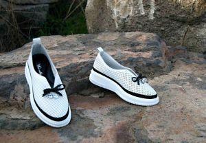 kožená a atestovaná obuv Stylové dámské mokasíny Marcella 529 , bílé