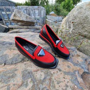 """kožená a atestovaná obuv Černočervené luxusní dámské polobotky """"MarcellaShoes"""" 555, s perforací"""