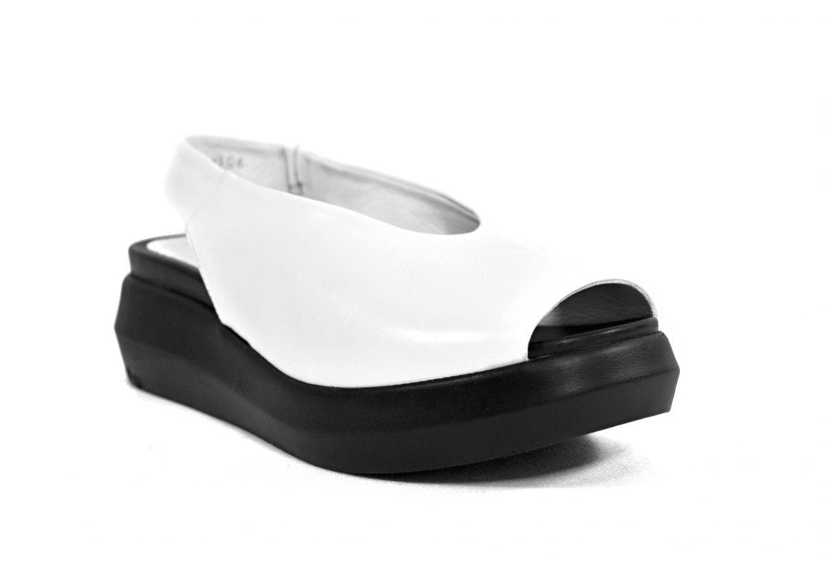 """kožená a atestovaná obuv Luxusní černé sandály """"Crux"""" 9166"""