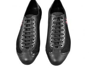 kožená a atestovaná obuv Pánské černé tenisky z hladké kůže + semiš Tetri