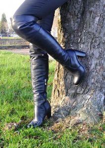 kožená a atestovaná obuv Luxusní kozačky Carinii B.3042