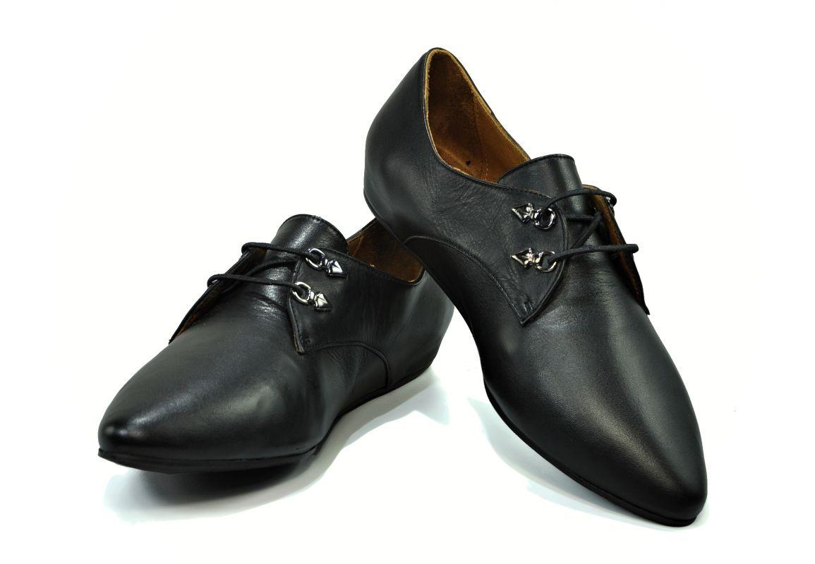 kožená a atestovaná obuv Kožené lordsy Marcella 045 na šněrování, černé